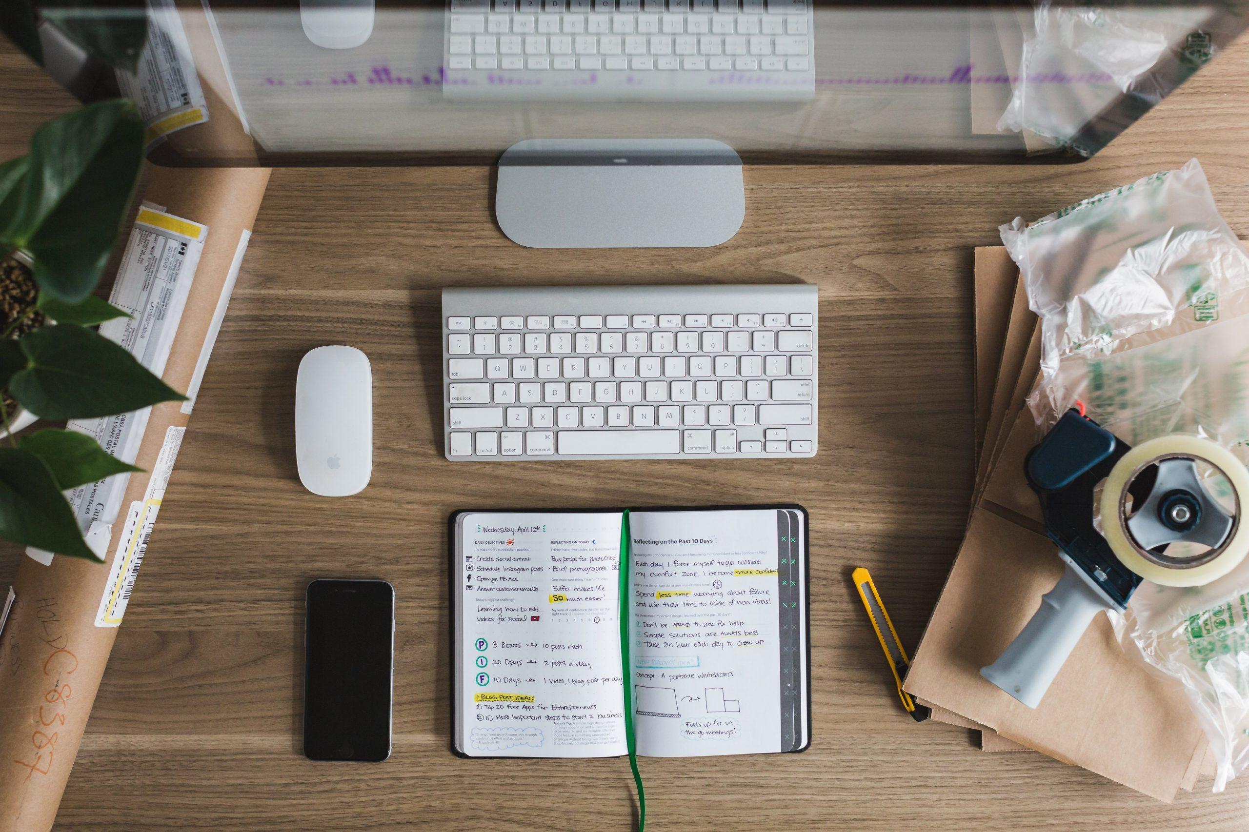 startup-desk